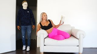 SURPRISING My Girlfriend As MICHAEL MYERS.... (SHE HAD NO IDEA)