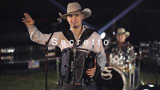 """Tan bella y tan presumida"" - Secretto Group (En vivo - 4K)"