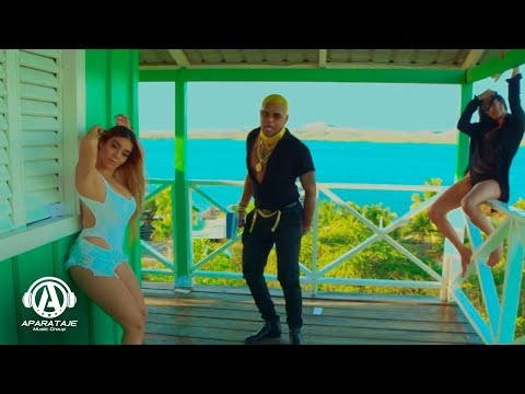 El Mayor Clasico x Ceky Viciny x Chimbala - Tirando Paquetico (Video Oficial)