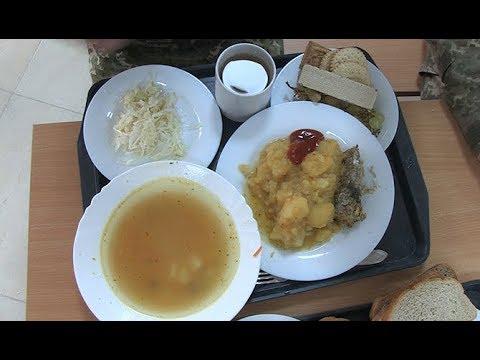 Житомир.info | Новости Житомира: Житомирський навчальний центр ВДВ показав, чим годують військовослужбовців