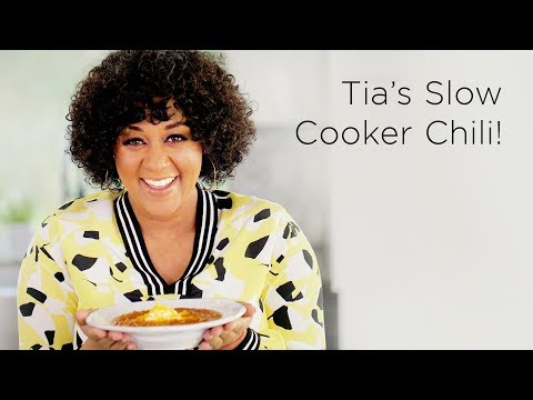 Tia Mowry's Slow Cooker Chili Recipe | Quick Fix