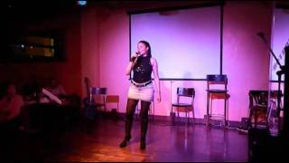 Alone (cover de Heart por Romina Sagrado)