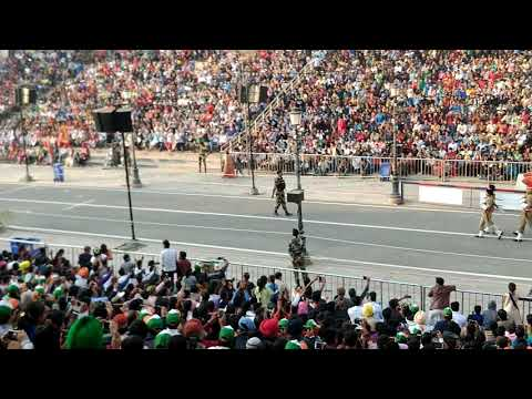 Beating retreat ceremony at Wagah Border