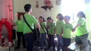 """Cantando el """"Padre Nuestro"""" con los ni�os!!"""
