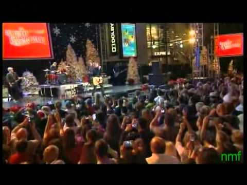 Goo Goo Dolls - Come To Me and Better Days (Hollywood Christmas Parade 12/1/13) - YouTube