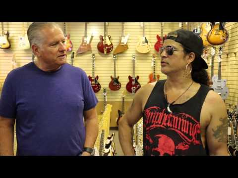 Slash stops by Norman's Rare Guitars