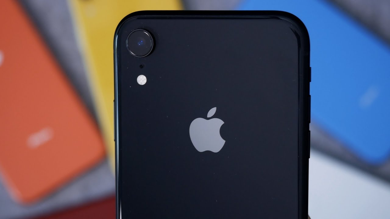 Black iPhone XR Unboxing & First Impressions! - YouTube