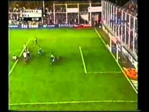 Gol de Palermo a Huracan de Tres Arroyos (Boca 4-Huracan Tres Arroyos 2 17-04-2005)