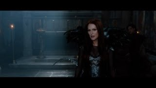 Seventh Son - Official Trailer 1 [HD]