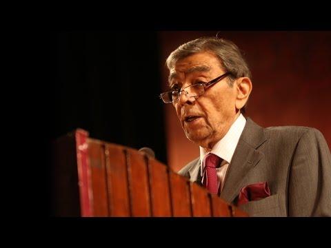 Padhant-1 Recitation by Zia Mohyeddin | Jashn-e-Rekhta-2015