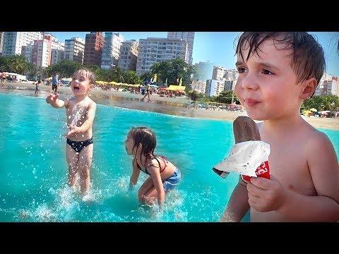 DIVERSÃO NA PRAIA EM FAMILIA!! Férias de Verão - Familia Brancoala, Maikito, Craudete , Laurinha