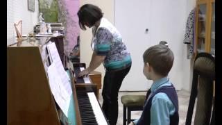 Ленькова Вера Леонидовна. Развитие простейших технических навыков в классе фортепиано