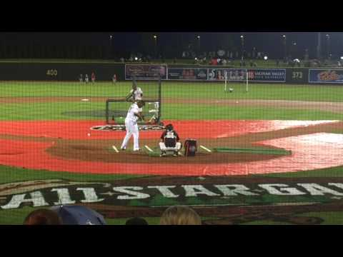Vladimir Guerrero Jr 2017 Midwest League Home Run Derby