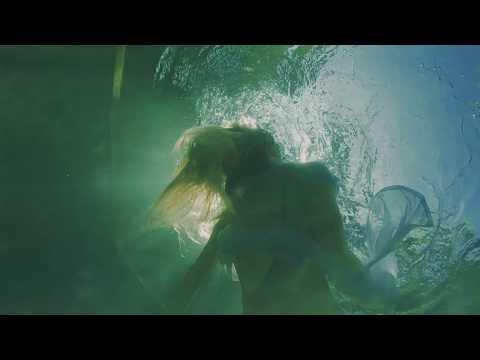 video:Lisa Hilton - OASIS - Official Music Video