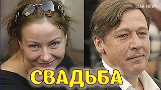 Сыновья Евгении Добровольской сыграли 2 свадьбы
