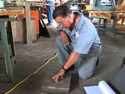 Proyecto de investigación - Pisos de madera tropical. Ensayo