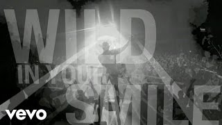 Dustin Lynch - Wild In Your Smile (Lyric Video)