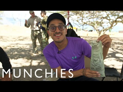 Patriotic Cookies & War Breadsticks: Ready to Eat Food in Colombia