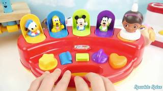 Candy Surprise Toys Learn Colors Squishy Balls Body Paint Finger Family Nursery Rhymes Pregnant Doc