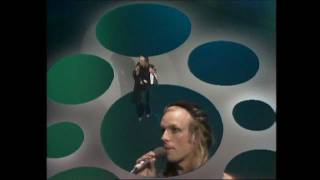 Watch Brian Eno Seven Deadly Finns video