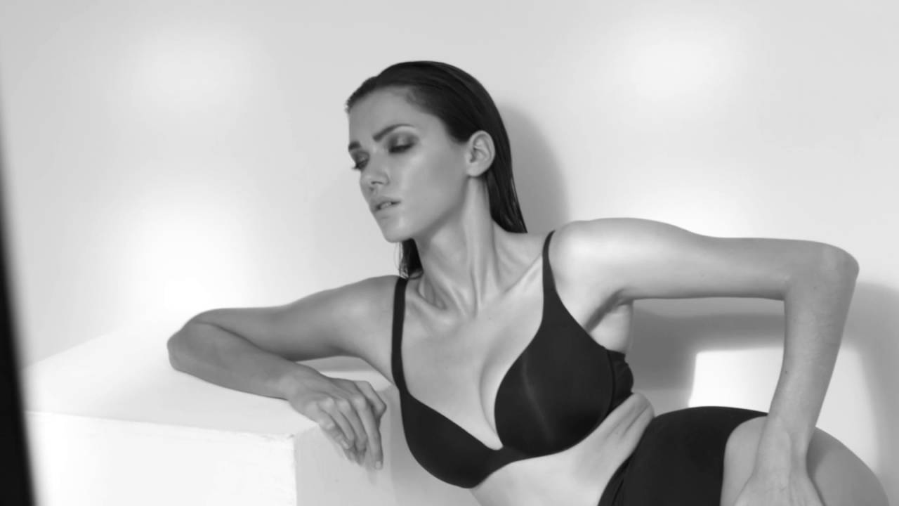 2a72ea0cfe274 Wacoal Shapewear AW16 Photoshoot - YouTube