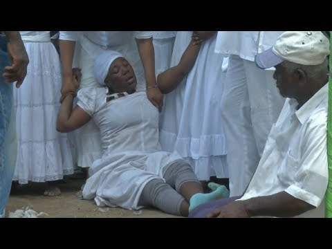Haitians gather for Easter voodoo ceremony