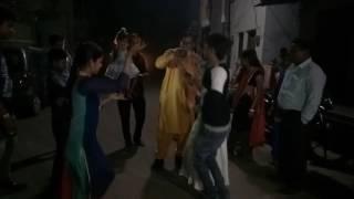 बेटी की शादी में भतीजे की मस्ती(4)