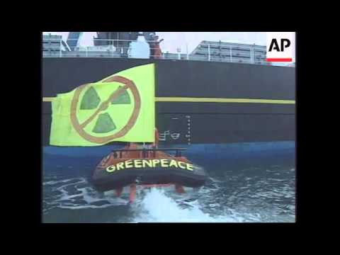 FRANCE:  PROTEST AGAINST ARRIVAL OF JAPANESE NUCLEAR WASTE SHIP