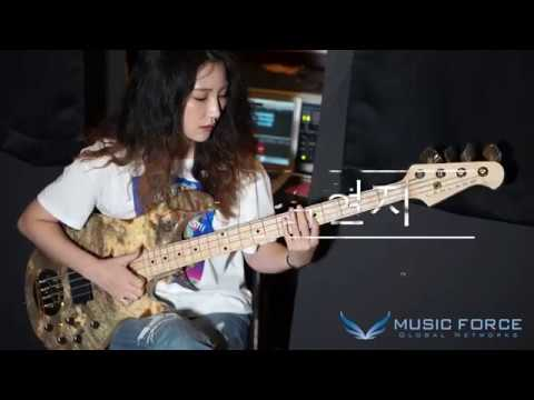 [MusicForce] Lakland US Custom 44-94 Deluxe Demo By Bassist '김현지'
