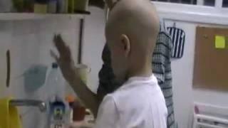 Лечение рака крови в Израиле. «Я учусь мыть посуду»(, 2011-11-03T11:55:18.000Z)