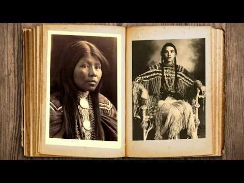 Native American Women - Vintage Photos