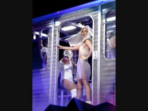 Lady Gaga Melbourne - LoveGame