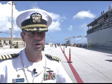 Friends, families welcome USS Frank Cable home to Guam