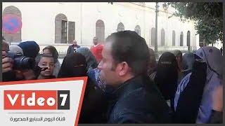 وقفة احتجاجية لقدامى خريجى التربويين أمام مجلس النواب للمطالبة بتعيينهم