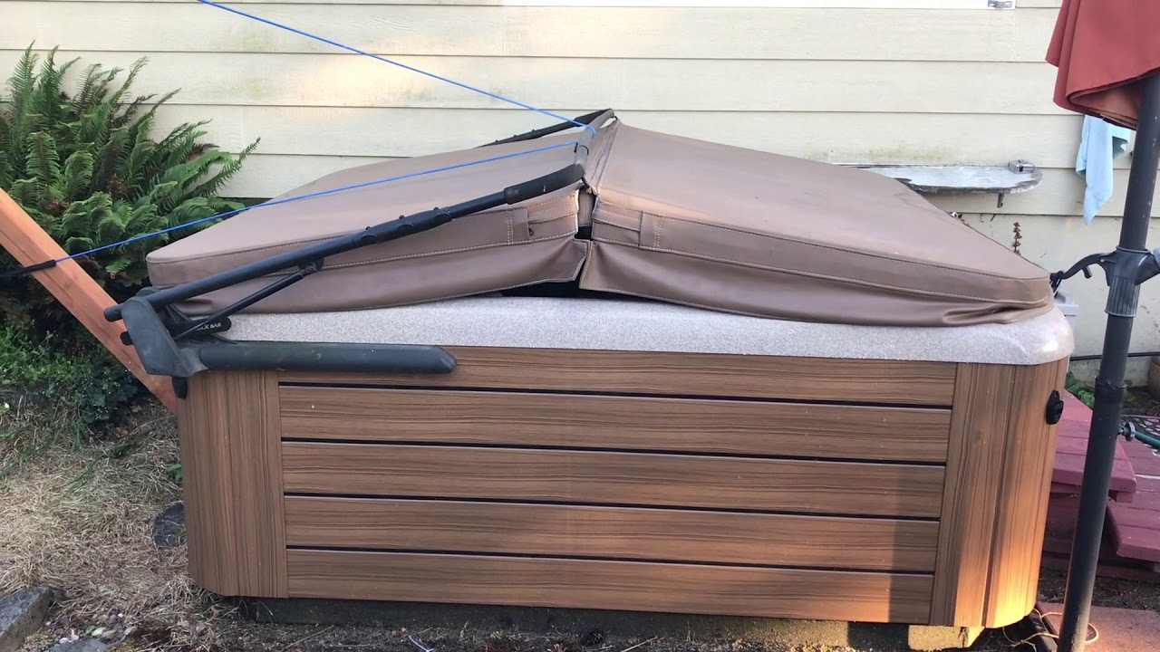 Inexpensive DIY Hot Tub Cover Lifter