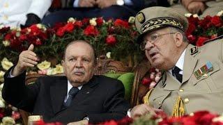 حول رئيس أركان الجيش، الفريق أحمد قايد صالح؟