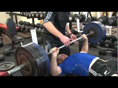 Heavy Bench Press With Thorn And Woodcock