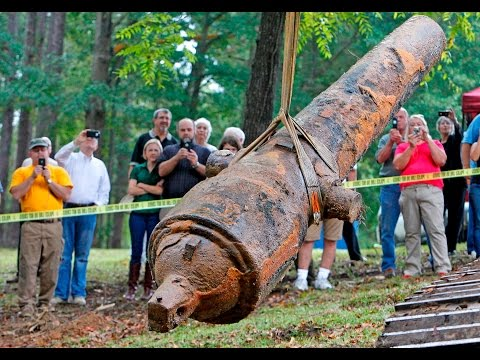 Civil War Cannons Rise out of the Great Pee Dee River