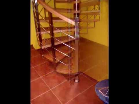 escalera caracol con madera e inox