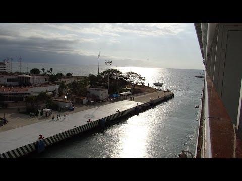Puerto Vallarta, Mexico - Norwegian Star Departure HD (2014)