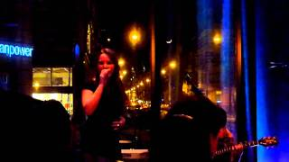 Tess Gaerthe & Dusty Ciggaar - Can I walk with you (India Arie) @ F.M Amsterdam