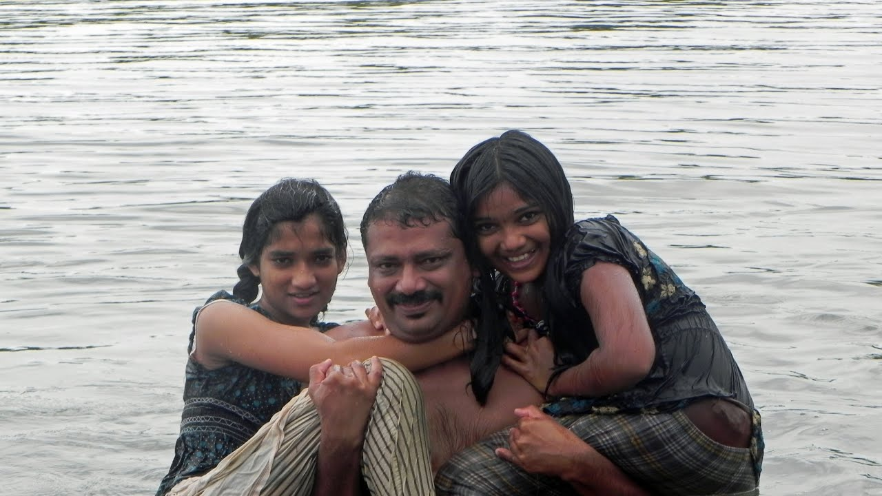 Kerala - India 4  Backwaters  Marari-Beach - Youtube-8483
