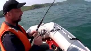 Рыбалка на камбалу.(Рыбалка с лодки на камбалу в бухте Пьяная. Уссурийский залив Японского моря. Глубина 15 метров., 2016-05-24T21:32:46.000Z)