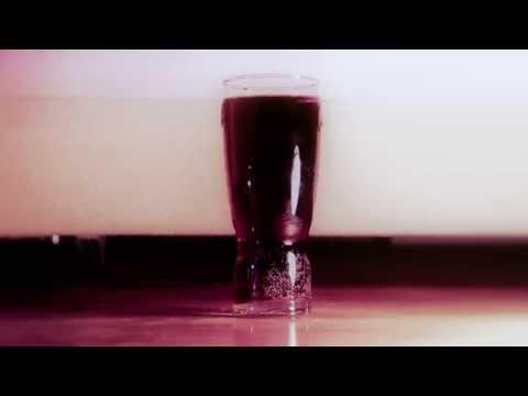 Slowmotion Pepsi Cola