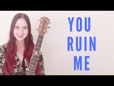 Melissa Kellie singing You Ruin Me