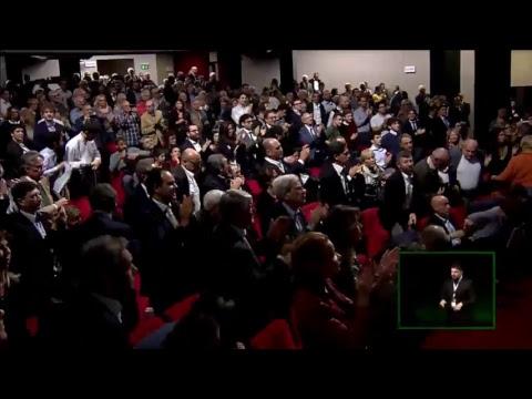 """""""Democratici nati"""" : #auguriPD in diretta dal Teatro Eliseo"""
