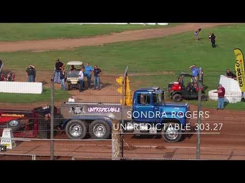 Lernerville Power Pulls Lernerville Speedway Pa Big Rigs Truck Pulls Sarver  8-27-17