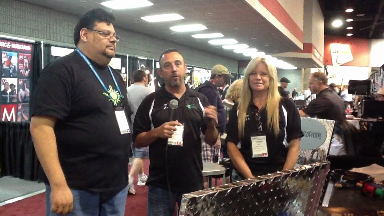 MVMUSICSTORE.COM at Summer NAMM 2012 - Four Star Wire and Cable ...
