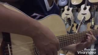 Guitar Hồng Đào 900k