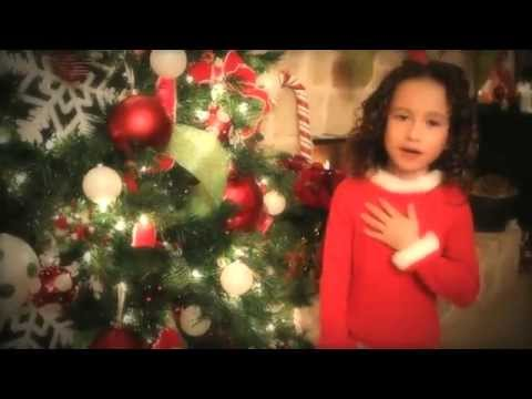 Incredibile bambina di 7 anni canta